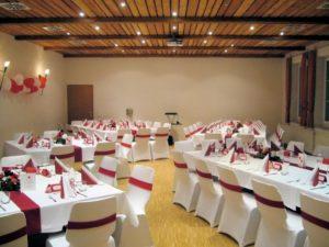 Festsaal in der Grossheppacher Kelter Hochzeitsdekoration